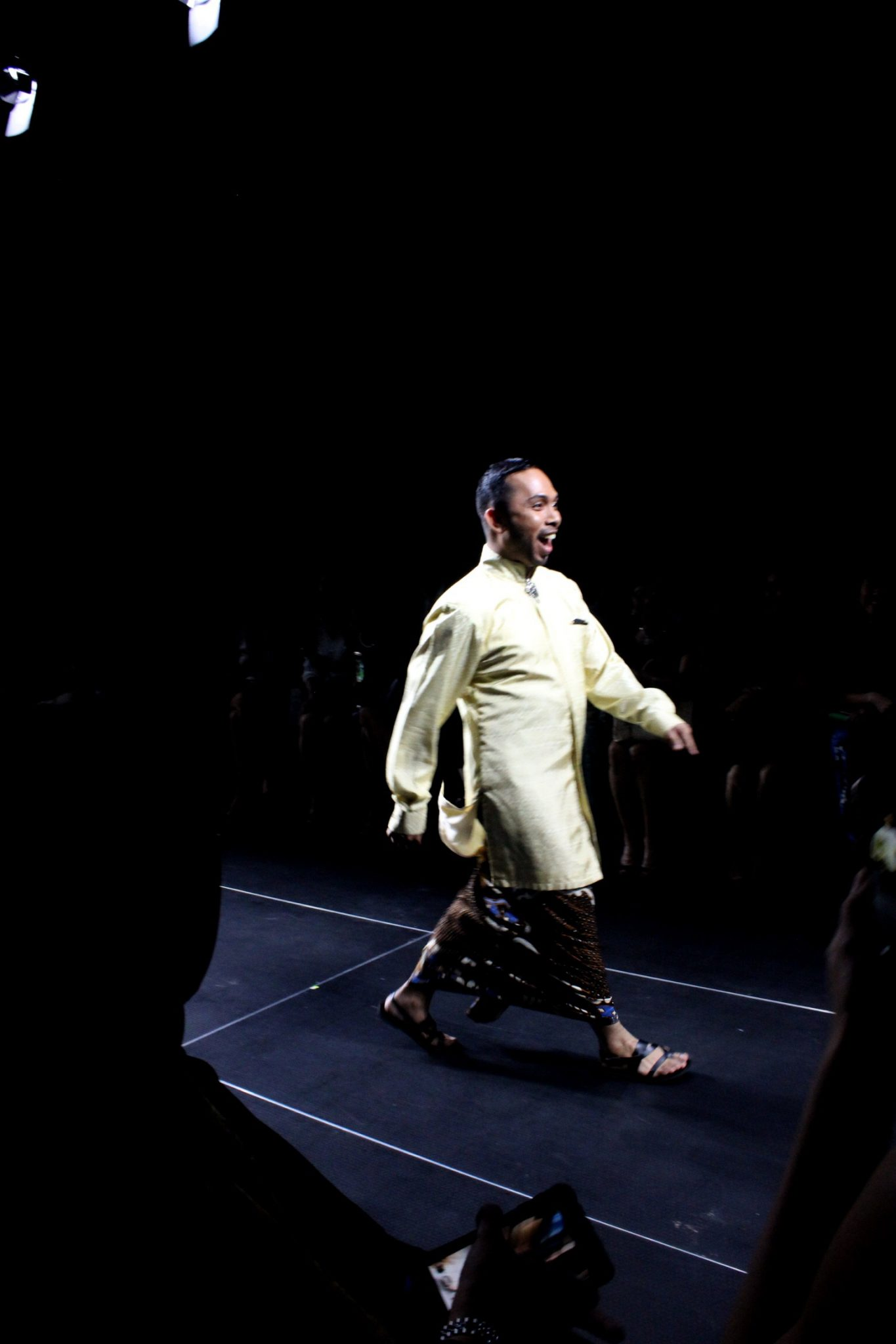 Iwan Tirta Private Collection Plaza Indonesia Men's Fashion Week 2016 Day 3